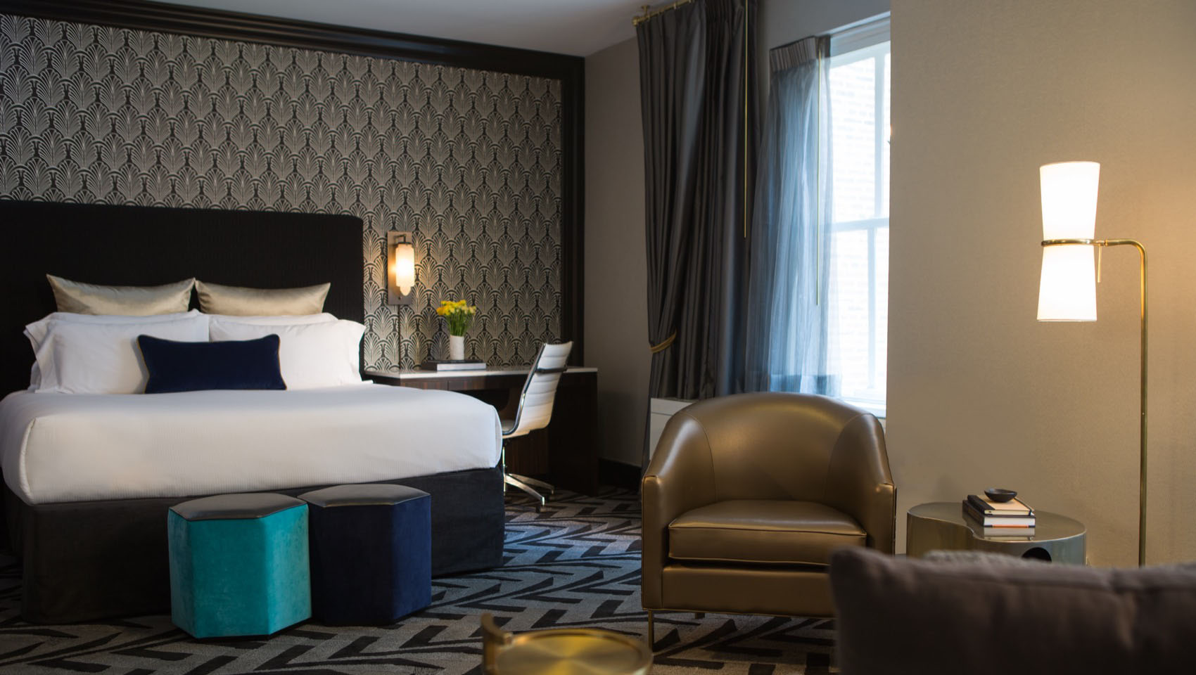 Hotel allegro chicago discount select for Cheap luxury hotels chicago