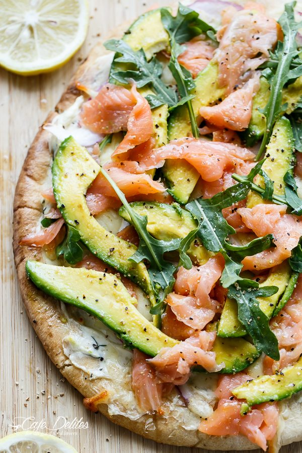 Smoked-Salmon-and-Avocado-Pizza-cafedelites