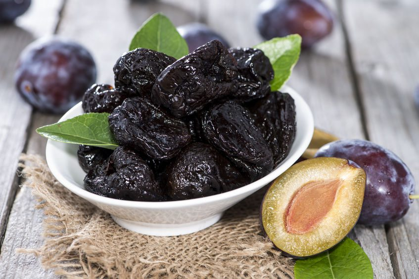 dried plums/prunes