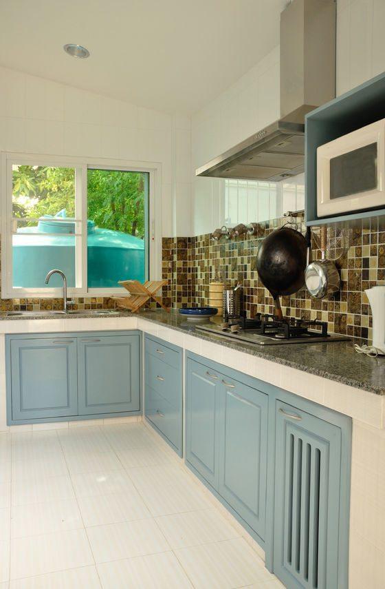 blue kitchen 1