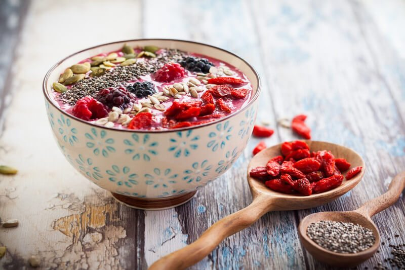 Smoothie bowl with berries