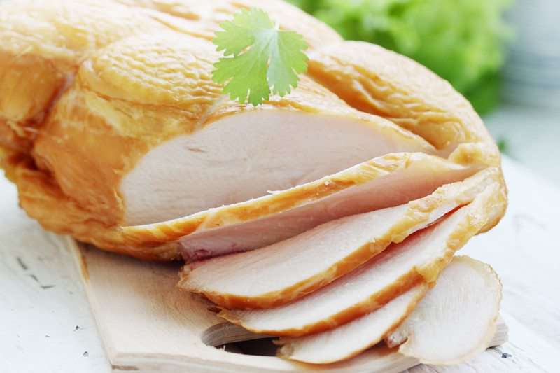 Sliced smoked chicken