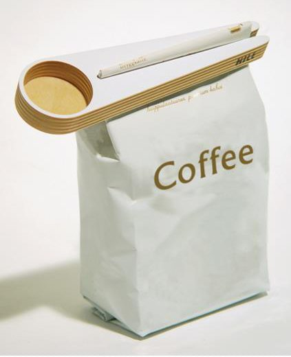 Coffee Scoop with Bag Closer