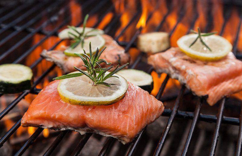 10 Quick & Easy Salmon Recipes For Dinner (Unique & Delicious)