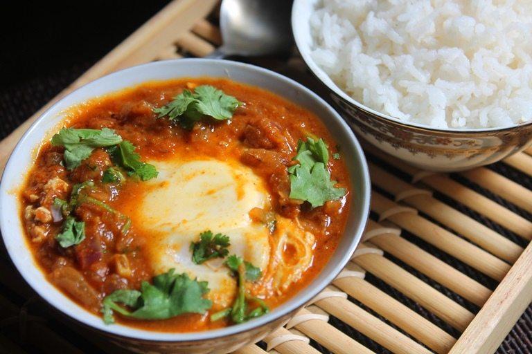 Tomato Egg Drop Curry Recipe