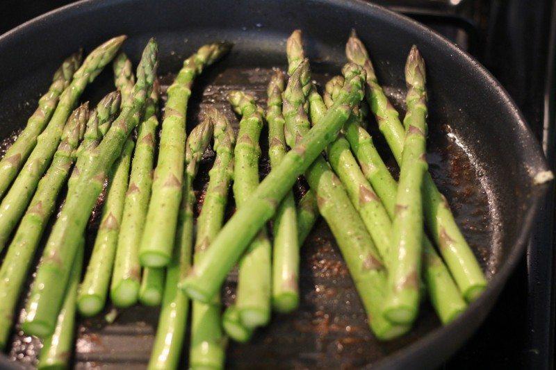 saute asparagus