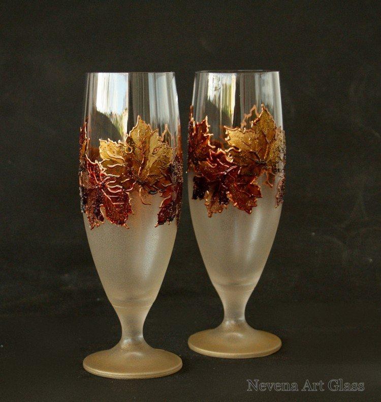 Custom wedding glassware ideas from the geniuses at etsy