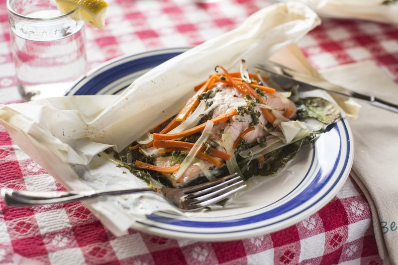 Steamed Salmon en Papillote Close Up Gingham Blue Plate Tablecloth