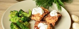 Beef Schnitzel with Broccoli and Garlic Sauce