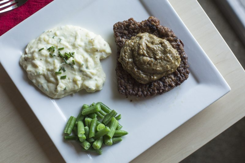 Quick Chicken Fried Steak with Mashed Potatoes and Pan Gravy