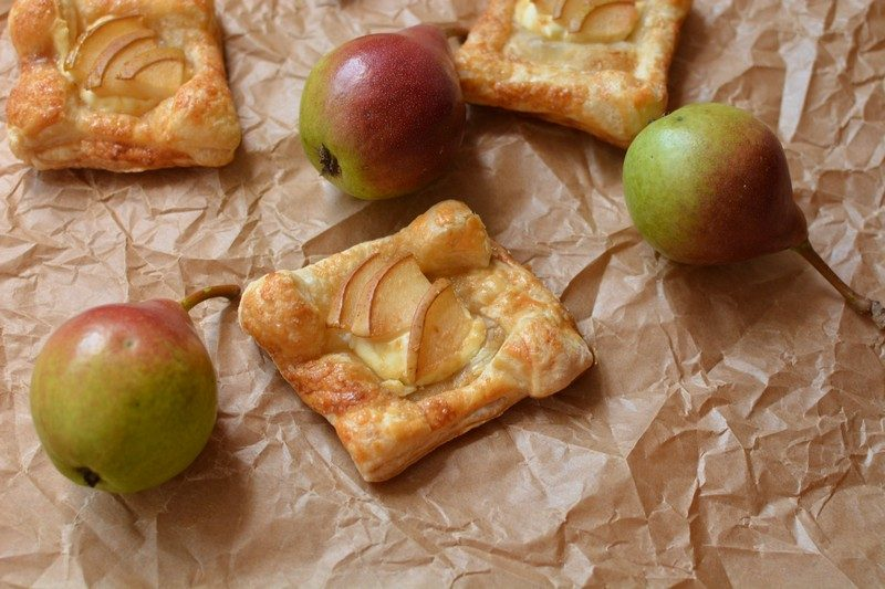 Quick Pear and Demerara Sugar Mini Tarts