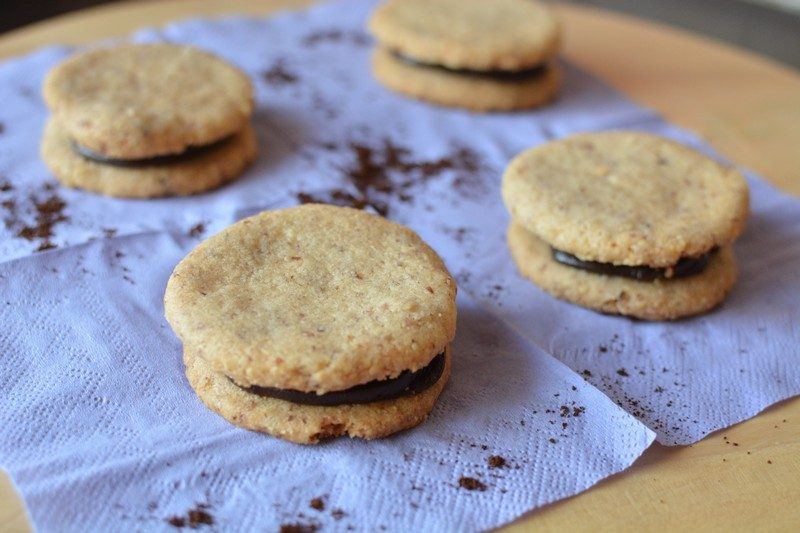 Almond biscuits with espresso cream final 2