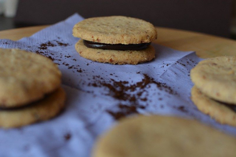 Almond biscuits with espresso cream final 5