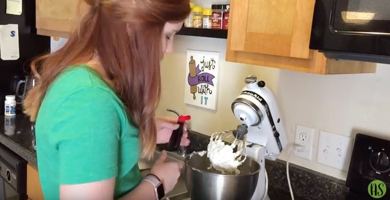 mint chocolate meringue cupcakes buttercream