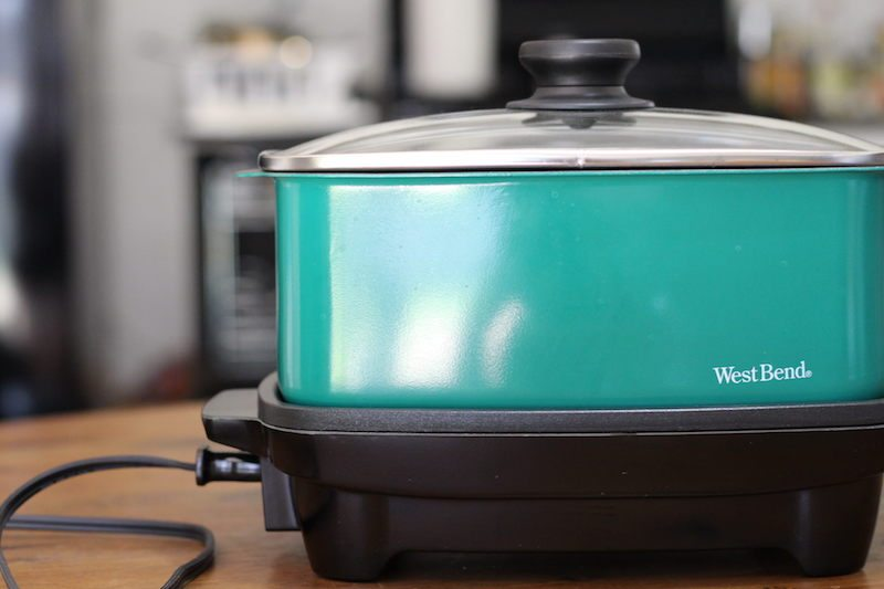 Green Versatility Slow Cooker with Tote and Transport Lid