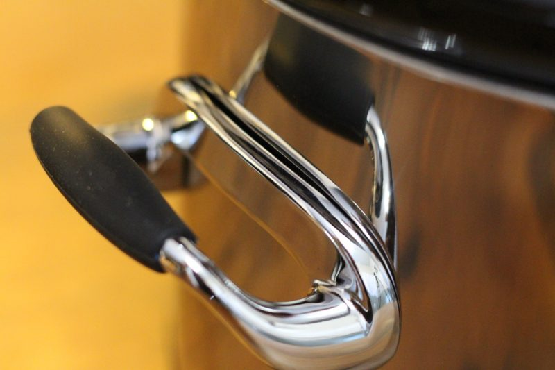 crock-pot-silicon-handles