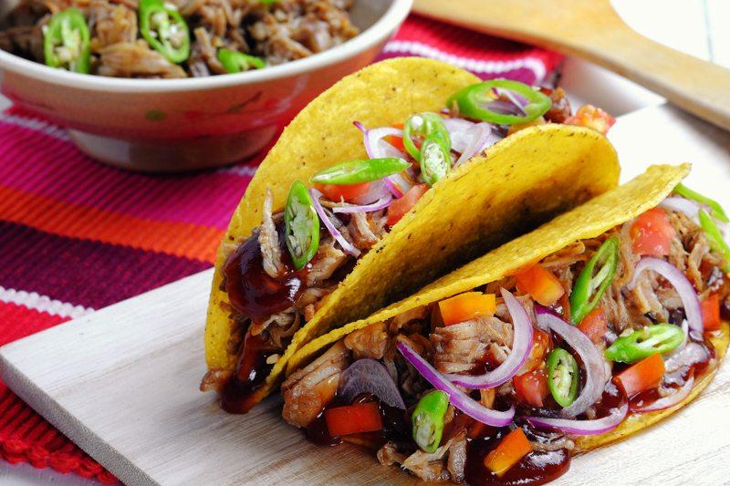 Slow Cooker Pulled Pork Tacos Recipe