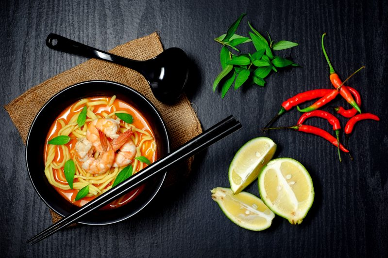 Slow Cooker Prawn Laksa