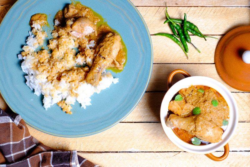 Slow Cooker Chicken Makhani Recipe