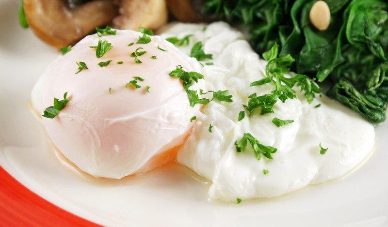 Perfect poached eggs sous vide recipe