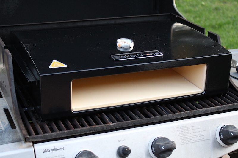 bakerstone pizza oven box review it s easy and cheap to grill pizza at home. Black Bedroom Furniture Sets. Home Design Ideas