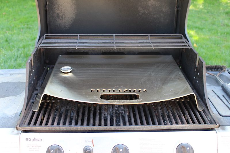 kettlepizza on gas grill