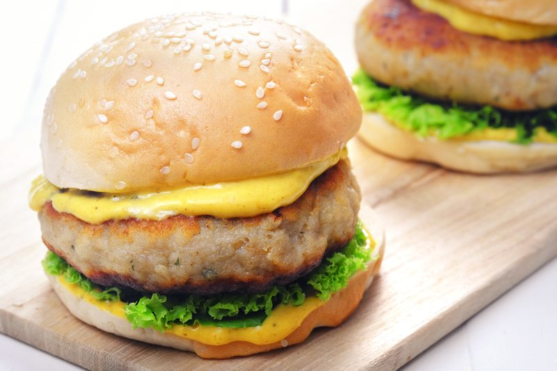 Sous Vide Cod Burgers with Curry Aioli Recipe
