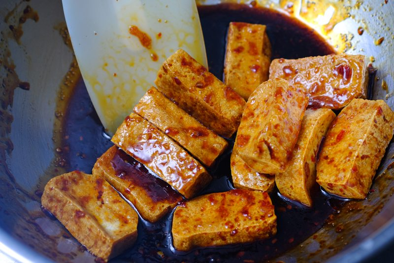 sous vide chili garlic tofu