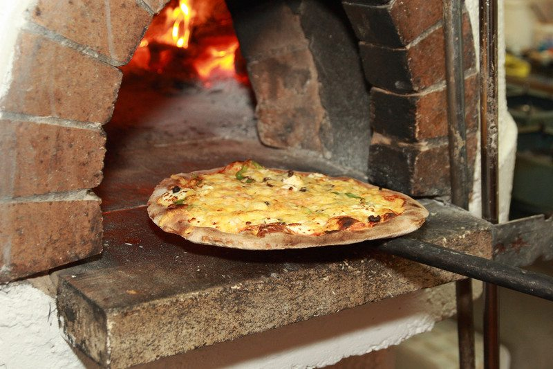 5 Styles of Outdoor Pizza Ovens