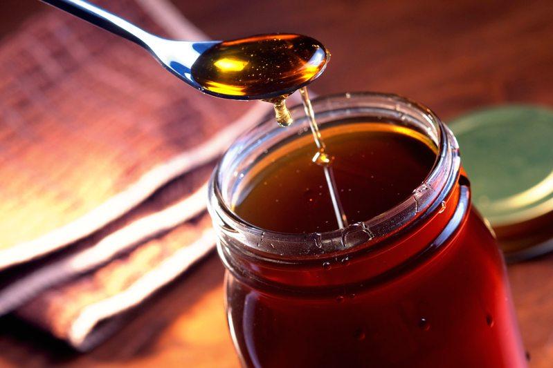 Sous Vide Vanilla-Lemongrass Syrup