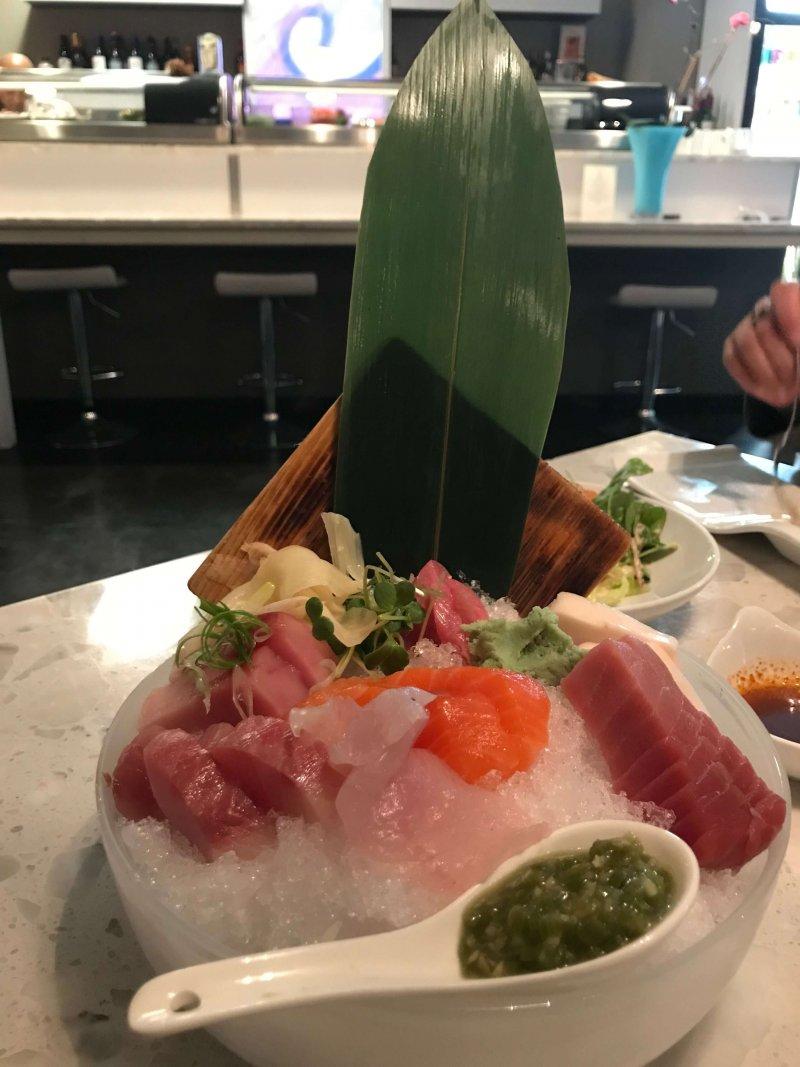amici sushi sashimi mirawasi
