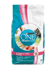 Purina ONE Tender Selects Blend with Real Salmon Cat Food 7 l...