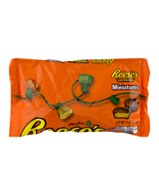 Reese's Holiday Peanut Butter Cups Miniatures 11 oz. Bag