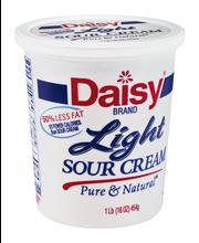 Daisy® Light Sour Cream 16 oz. Tub