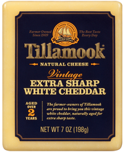 Tillamook® Vintage Extra Sharp White Cheddar Natural Cheese 7...