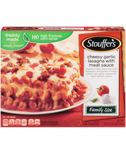 STOUFFER'S Family Size Cheesy Garlic Lasagna with Meat Sauce ...