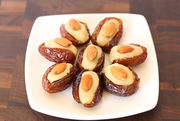 Almond_stuffed_dates_647