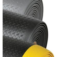 Notrax Black with Yellow Diamond Sof Tred Safety Mat 2 x 6 feet