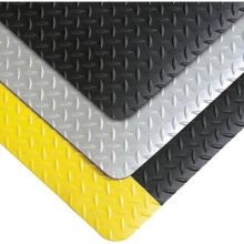Notrax Black with Yellow Saddle Trax Grande Mat 1 x 3 feet