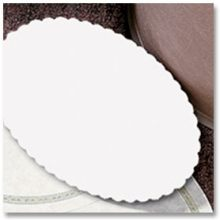 Hoffmaster 900-W Specialty Lodging Plain White Oval Scalloped Guest Room Amenities Basket Liner 7 x 9.5 inch