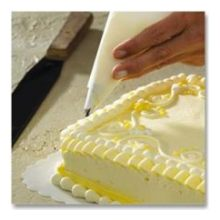 Brooklace Parchment Cake Decorating Triangle