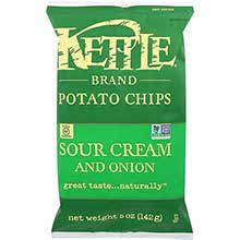 Kettle Foods Sour Cream Onion and Chive Potato Chips 5 Ounce