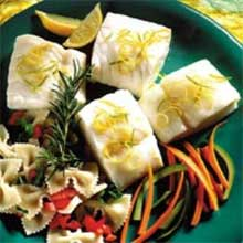 Trident Seafoods Skinless Boneless Alaska Cod Fillet 16 to 32 Ounce Pieces 15 Pound