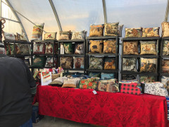 Aspen Crossing Christmas Market Images