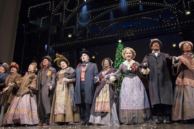 after not being cast in previous fords theatre versions of a christmas carol bunce appreciates that the stars finally aligned for him to join this cast in - A Christmas Carol 2009 Cast