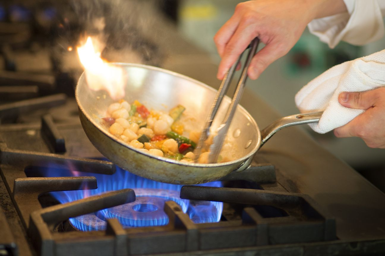 Too Few Cooks in the Kitchen? Restaurant-friendly 401(k)s Can Help