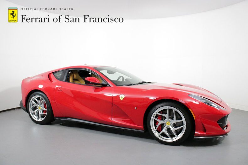 2019 812 Superfast Coupe Coupe picture #1