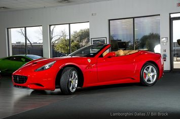 2013 Ferrari California $139,999 2013 Ferrari California