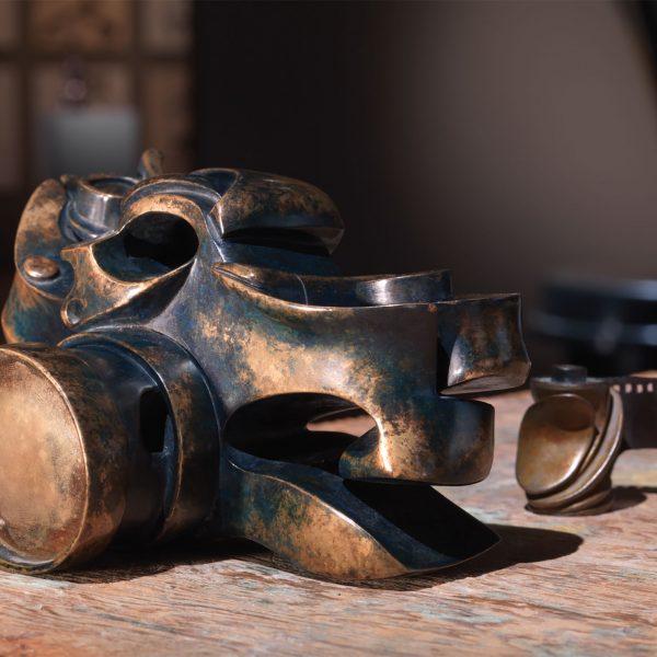 Camera in bronze