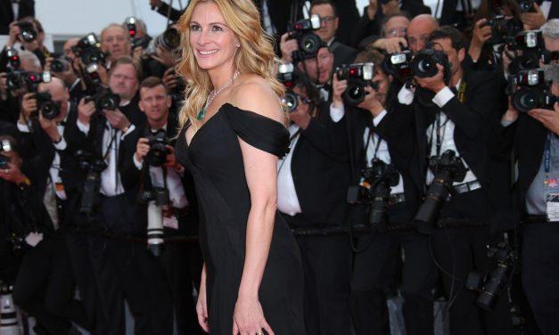 Julia Roberts Walks Cannes Red Carpet Barefoot